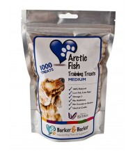 Medium Arctic Fish Treats - Pouch of 1000 (net 550g)